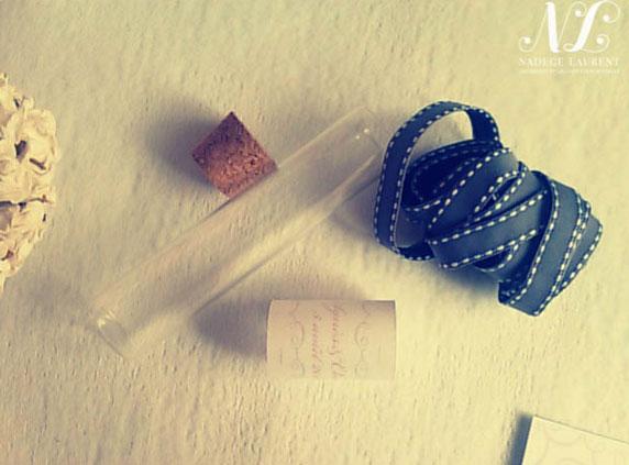Des bonbons dans des tubes