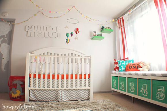 Chambre de bébé joyeuse